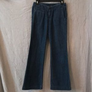 Mark Jacobs flare leg jeans size 0 in GUC Waist 28
